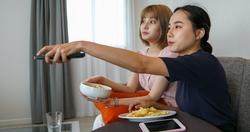「耍廢救台灣」催生宅經濟!OTT流量暴增,3大追劇平台免費送序號