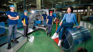 亞洲塑膠盒女王逆境重生》疫情下的台灣,此時最需要的新價值!