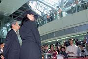 在高鐵700T試車儀式,五大原始股東中,僅殷琪獨撐大局面對外界質疑。