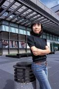 陳玲君她在大雪山的自家民宿工作,卻被現實問題打敗,一年後回到都市……