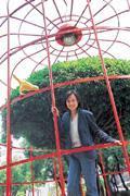 崔慈芬現在台北、北京兩地跑,再度成為學生,讓她比坐主播檯還光鮮亮麗。