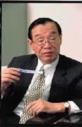 吳紹起表示,偽鈔多來自舊版鈔券,民眾反應新鈔容易混淆,其實只是習慣問題。