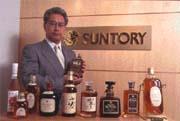 即使不喝酒,三得利威士忌的廣告詞也耳熟能詳(圖為三得利駐台代表半田雅人)。