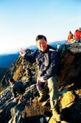 李焜耀(53歲,明基集團董事長) 自大學登山至今,走過雪霸、玉山、雪山