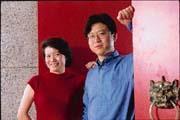 網易創始人丁磊(右)認為,陳素貞就任九個月,大幅提升了網易的品牌知名度與行銷團隊。