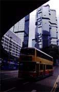 香港「中巴風潮」引起人們對公車經營問題的關注。