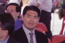 連勝文是否推動摩根史坦利獨攬中華電信海外釋股案,外界多方揣測。