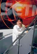 三立電視台總經理張榮華以台灣霹靂火顛覆了本土戲劇。
