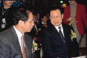 相較於前任副閣揆賴英照(右)的一步一步建立制度,游錫(左)的戰鬥內閣在林信義的操作下顯得「快」多了。