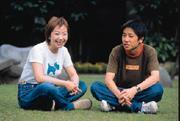 苦了10年,林鈴純如今家庭事業兩得意,全靠愛與關懷的力量站起來。(右為兒子韓尚霖)