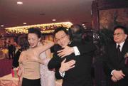 馬永成(右)婚宴政商雲集,第一家庭隆重出席,吳淑珍還對新郎下通牒,要他以後「乖一點」!
