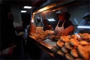 美味的阜杭燒餅,是很多人溫馨的記憶,連高官都曾來排隊品嚐。