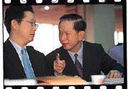 郭俊惠(右)的總經理位子恐將不保。