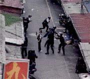 如果台灣引進「機器戰警」,那麼圍捕陳進興時的畫面,將更像電影情節。