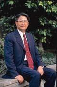 吳東亮指出,合併後的台新金控將是國內金融產?品最完整及通路最大的金控公司。