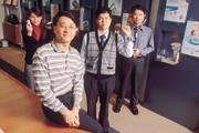 ■技術背景出身的合世生醫董事長楊國和(左1)以8年的時間,帶領公司變成世界第二大電子血壓計代工廠。