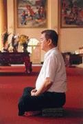 六十億富翁變寺廟CEO