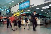 國內航線乘客逐漸減少,高鐵通車後,情況更不樂觀。