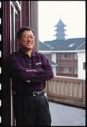 很多人以霸氣十足形容李焜耀,不過,這股氣也是支撐明基集團從年營收26億元衝向明年2,000憶元最大的力量。