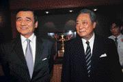 ■走了一趟大陸,黃茂雄(左)說:「我不是戒急用忍的模範生!」