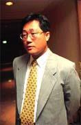 李焜耀:「碗的大小全靠自己創造」