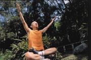 曾巨威經歷病痛折磨,重新體會生命可貴,也積極展開「新生活運動」。
