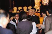 前總統李登輝(右三)與陳水扁總統(左二)共同出席北社成立大會,引發國民黨「清算」前黨主席聲浪。
