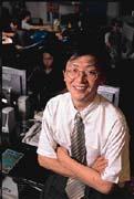 陳信安對創業有股熱情,藉由創立網咖一償心願。