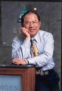 張榮基「吸錢」的功力,為「基亞」奠定研發的本錢。