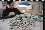 施邁爾靠著生產精密陶瓷,在上海躍升為「高新企業」。