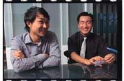 數博網創業初期的辛苦,讓原本的七個研究生一個個離開,只剩下蕭文璟(右)及尹相志(左)苦撐下來。