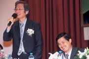 ■巨獅發威!華碩擺脫前年業績不佳的陰霾,讓施崇棠(左)與童子賢(右)笑開懷。