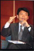 益大總經理梁河川說,使用網路系統是為了「生存下去」。