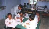 比公立還便宜!私立小學救了印度貧民教育
