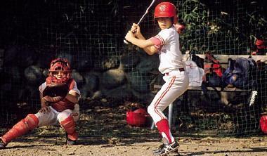 不像台灣只是少數人的運動,日本在少棒時期,把棒球定位在推廣與休閒,讓接觸棒球的人口擴大。