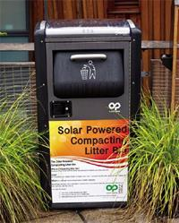 英國早在2011 年已試用太陽能垃圾桶,不僅降低人工成本,還緩解清運垃圾時堵塞交通的現象。