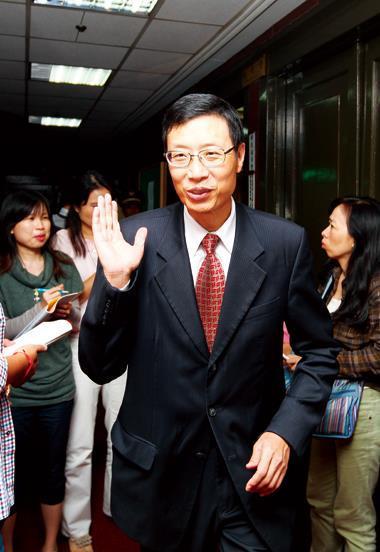 陳裕璋過去3年對金融業監管採鐵腕作風,如今卻多了興利和開放的政策。