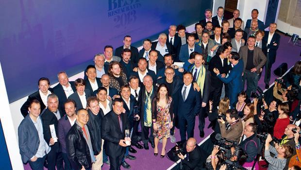 今年4月29日(英國時間)「全球五十佳餐廳榜」頒獎典禮現場,這兒應該是世界頂尖大廚密度最高之處。