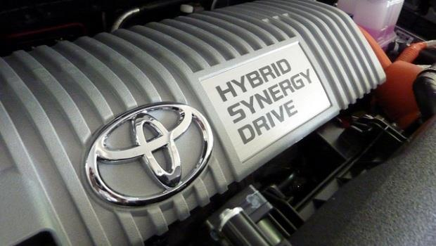 豐田汽車引擎油電