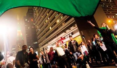 巴西陷入低成長、高通膨困境,是拉美股市最大變數。