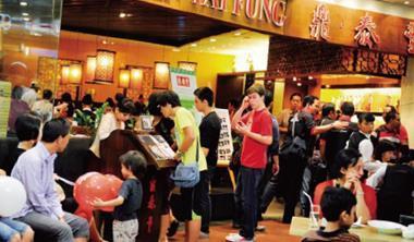 對印尼人而言算高檔消費的鼎泰豐, 能一口氣連開9家,證明東協各國消費力驚人。