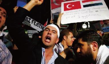 土耳其示威抗議星火燎原,加上俄股大跌,東歐基金績效慘兮兮。