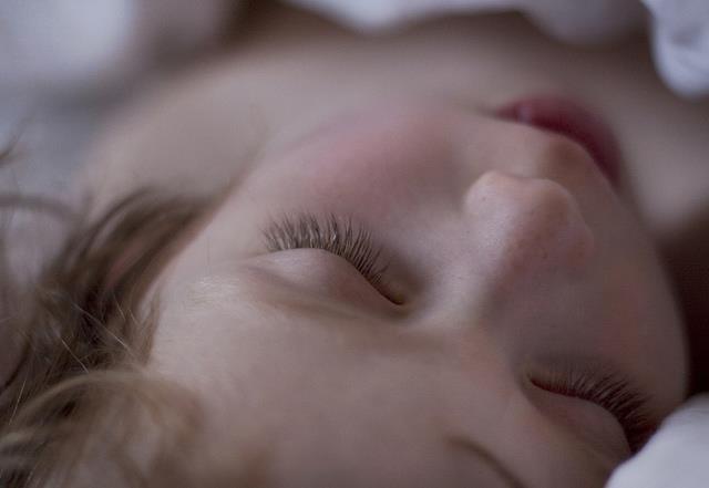 睡眠不足,老年失智風險高五倍! - 商業周刊