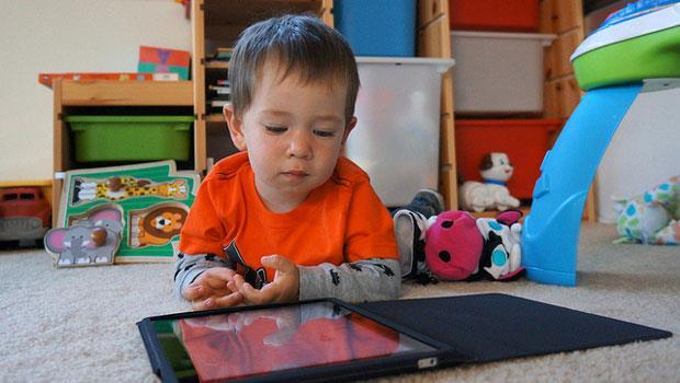 小孩變笨不是iPad害的,是父母! - 商業周刊