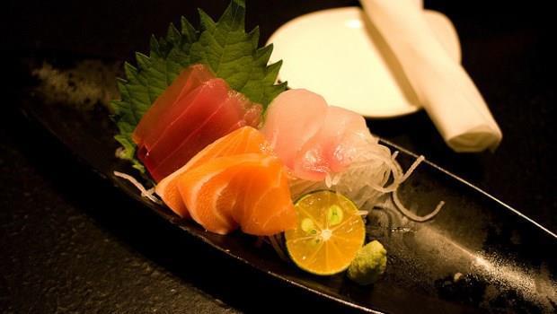 日本料理生魚片