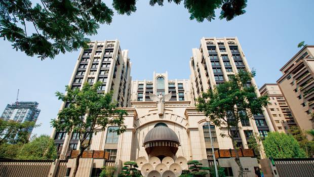 皇翔御琚成交單價衝上每坪276萬元,幾乎為另一指標豪宅文華苑的2倍。