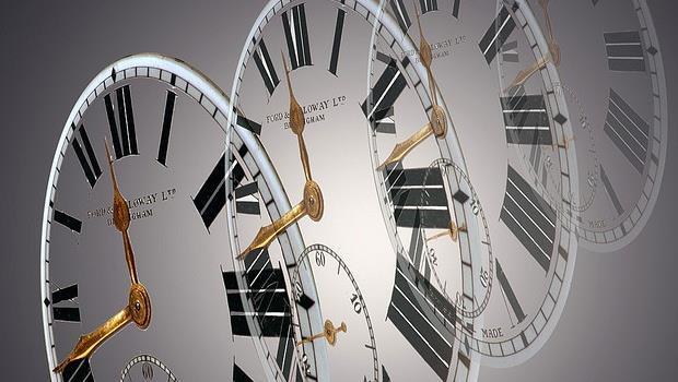 最低月薪英文怎麼說?一次搞懂8個必考時間單字
