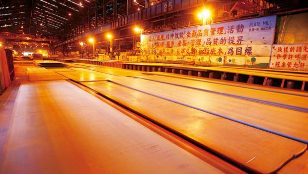 中國與印度需求帶動第4 季鋼鐵調升,鋼鐵廠營運情況陸續好轉。
