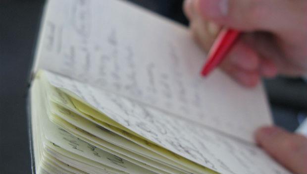預防健忘 「寫下來」比「努力想」更有效 - 商業周刊