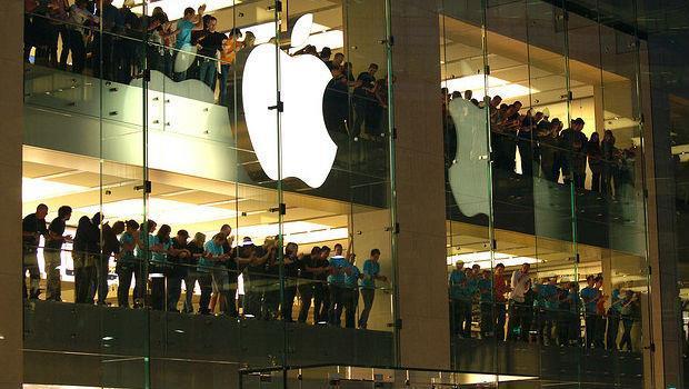 蘋果手機最機密的成功之道 藏在電池裡! - 商業周刊